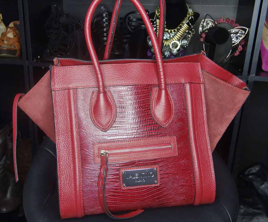 b18c7abe5b This bag is so lux and so spacious! I love it so much!!